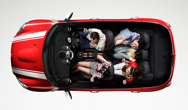 Mini Cooper in 70 Best Creative Websites of 2012
