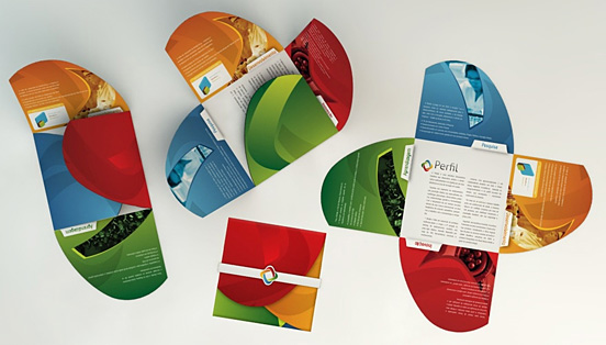 30个精彩绝伦的宣传手册设计