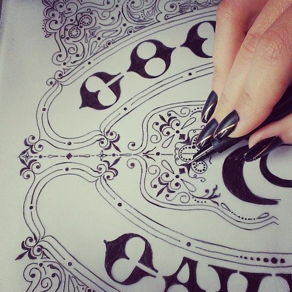 找灵感!20个精雕细琢的LOGO草图设计欣赏