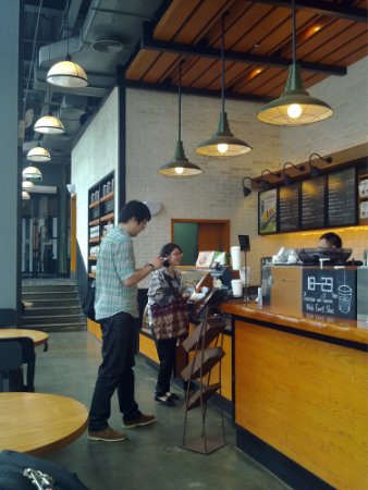 超暖心!聊聊那些年大头帮主与咖啡店的浪漫传说