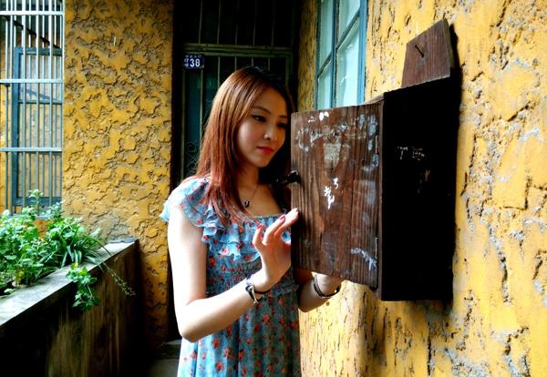 入门级小白攻略!如何用手机在旧楼房里拍出文艺范?