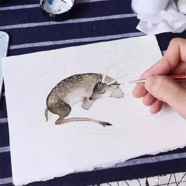 当初不顾家人反对学画画,现在我妈说要放一把火,把画全烧了!