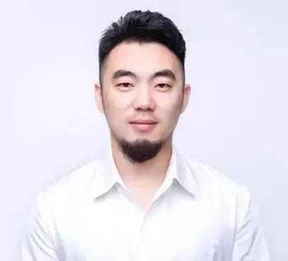 他是Adobe座上宾,他的零基础UI课让1000+人升职加薪