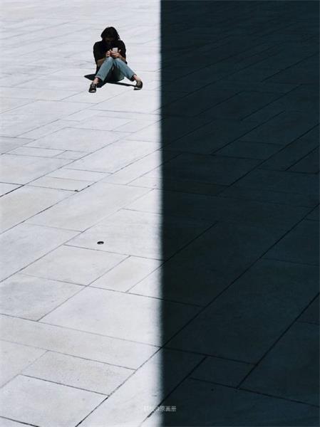 怎么在非常平凡的环境里拍出好照片?来看高手的做法!