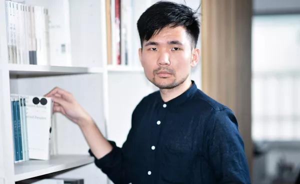 15岁做设计,17岁成立工作室,他是如何做到的?
