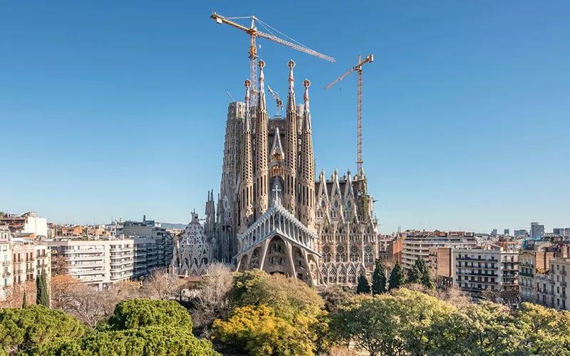 设计界的王家卫:顶尖建筑设计师安东尼奥·高迪