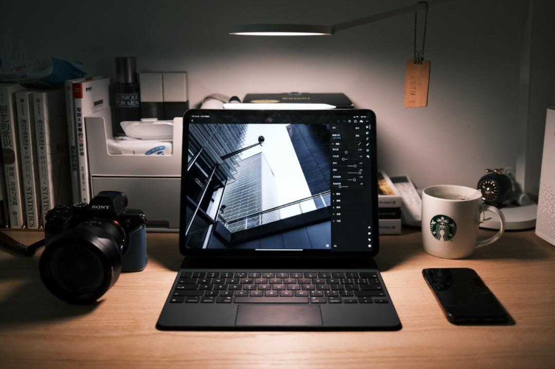最新 iPad Pro 上市了,设计师需要购买嘛?